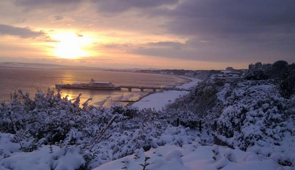 A crisp snowy shot of Bournemouth pier