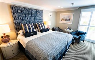 Christchurch Harbour Hotel - bedroom