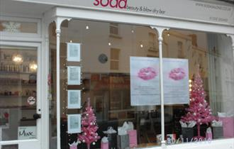 Soda Beauty & Blow Dry Bar
